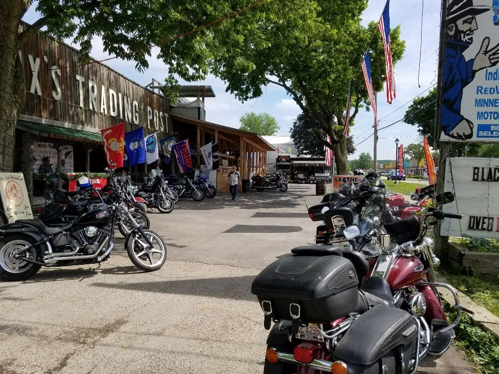 Mix's Trading Post and Jamie's OutPost, Utica, IL